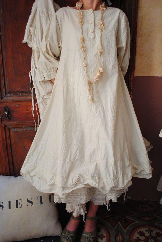 Mlle Lou : robe en coton et cerceau pour froisser à volonté...