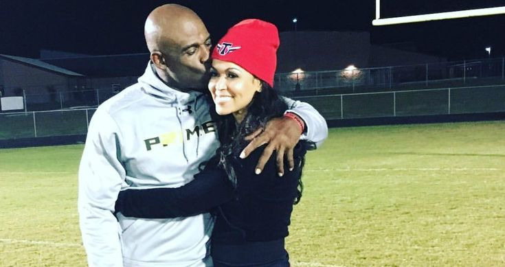 NFL Hall of Famer, Deion Sanders and movie producer, Tracey Edmonds relationship is the #truth Deion Sanders has said longtime girlfriend, Tracey Edmonds is the best woman he's ever met, and even though the two have a long distance relationship the Extra TV co- host makes time totravel to Dallas to support Deion and his Prime U football team. Tracey, who lost her mother to cancer back in August wrote the following message on her IG account after cheering on her boo last Friday night....