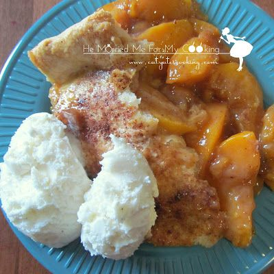 Southern Style Peach Cobbler, looks like the cobbler we were served in school.  You know back in the days when they really cooked.