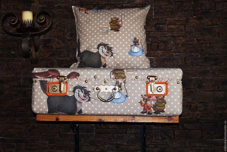 """Купить Чемоданчик """"Ребятки-мышатки"""" - чемодан, старый чемодан, детская комната, хранение игрушек"""