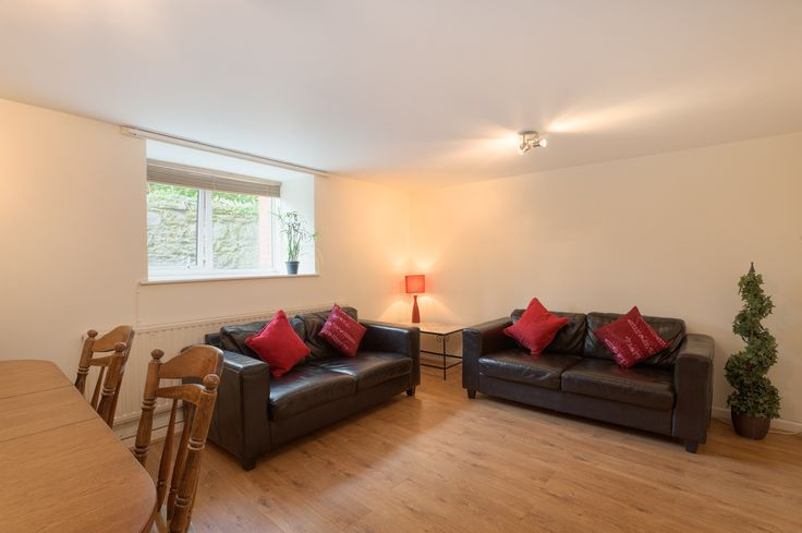6 Bedroom Student Accomodation Plymouth | Near to Plymouth University | Student Rooms 4 U