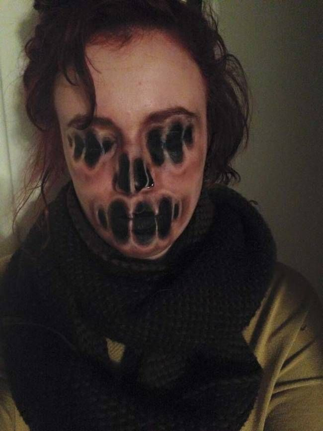 This Girl Is So Good At Face Painting It's Scary, Literally. Her Work Is Better Than Hollywood Special Effects