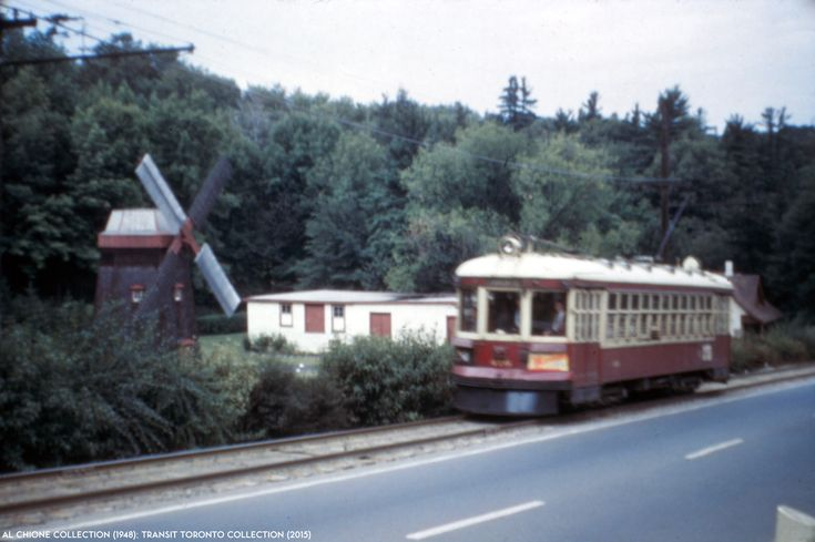 NORTH YONGE RAILWAYS 19480911-04 TTC North Yonge Railways car #410 operates southbound on Yonge Street through Hoggs Hollow on September 11, 1948. This photo is from the Al Chione collection.