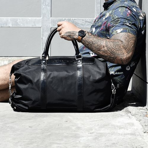 Looking for that versatile duffle bag fit for all occasions? Find it at Antoine & Stanley, pay for it later with ZipPay.