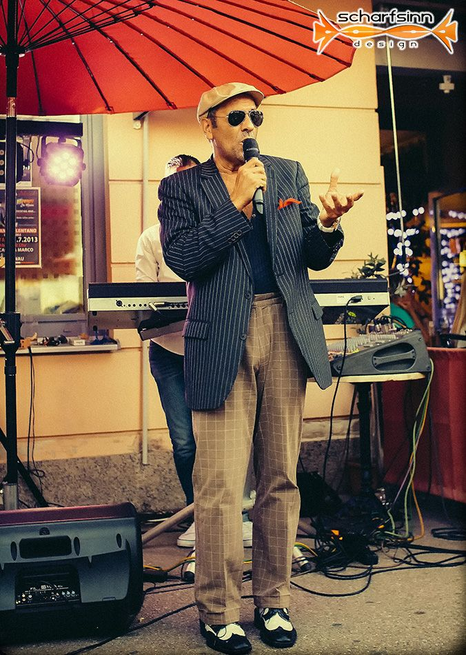 Adriano Celentano Sound @ Eiscafé da Marco - http://scharfsinn.com/auktion/2013/07/31/adriano-celentano-sound-eiscafe-da-marco/?utm_source=PN&utm_medium=support%40scharfsinn.com&utm_campaign=SNAP%2Bfrom%2Bauktion