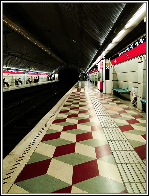 Metro Urgel   Barcelona subway by Juan Ferragut Handmade tiles can be colour coordinated and customized re. shape, texture, pattern, etc. by ceramic design studios