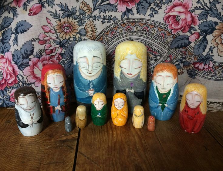 Careful Egg on Etsy #russiandolls #gouache #handpainted #giftsformum #giftsforher #giftsforhim #giftsfordad #giftsforfamily #painting #portrait #people #sculpture #gifts #family #art #nestingdolls #personalised #custom #etsy
