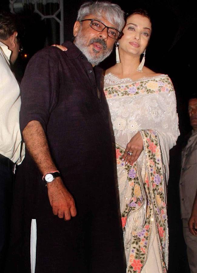 Aishwarya Rai Bachchan at Sanjay Leela Bhansali's bash. #Bollywood #Fashion #Style #Beauty #Hot #Desi #Saree