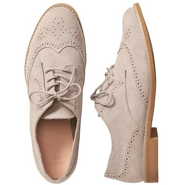 Gap Women Perforated Oxfords ($25) ❤ liked on Polyvore featuring shoes, oxfords, round toe shoes, lace up oxfords, laced up shoes, laced shoes and perforated oxfords