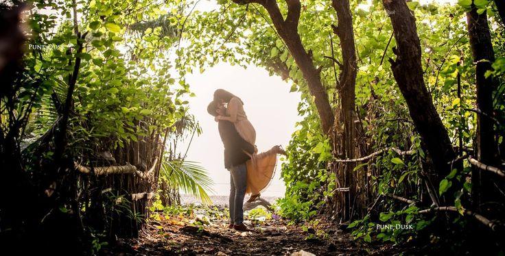 💝 Photo by Pune Dusk, Pune #weddingnet #wedding #india #indian #indianwedding #prewedding #photoshoot #photoset #hindu #sikh #south #photographer #photography #inspiration #planner #organisation #invitations #details #sweet #cute #gorgeous #fabulous #couple #hearts #lovestory #day #casual