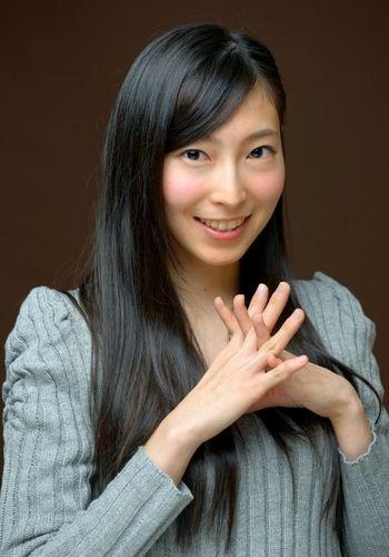 ▼20Dec2013朝日新聞|(AKB的人生論)大矢真那 一期一会 和の心で http://t.asahi.com/dj4s #masanaoya #oyamasana #masana