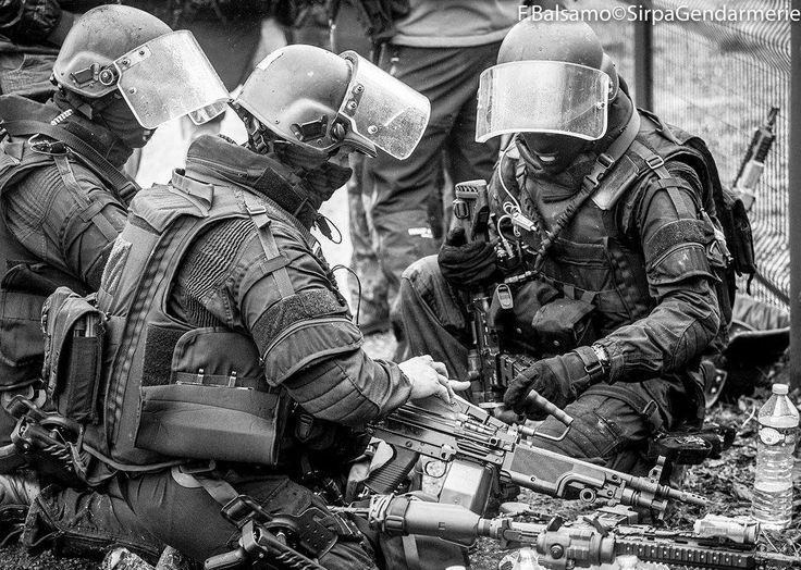 17 meilleures id es propos de gign sur pinterest logo for Gendarmerie interieur gouv fr gign