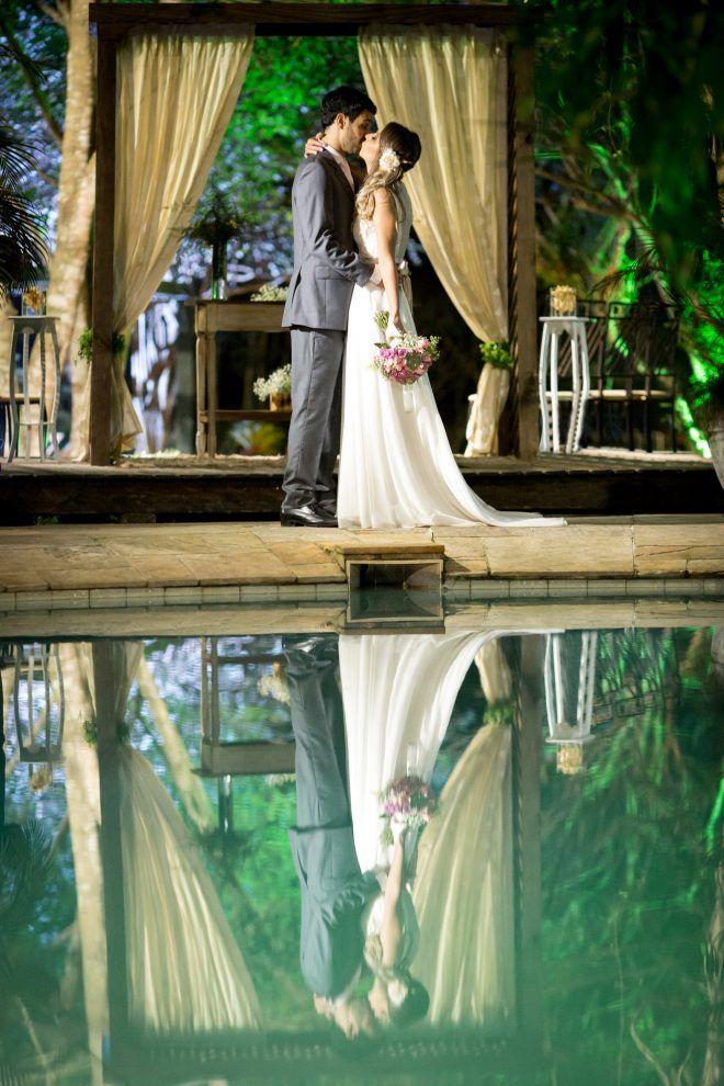 Confira dicas de casamento romântico com a história de Luciana e Gabriel. Veja ideias e inspiração para organizar o seu grande dia!