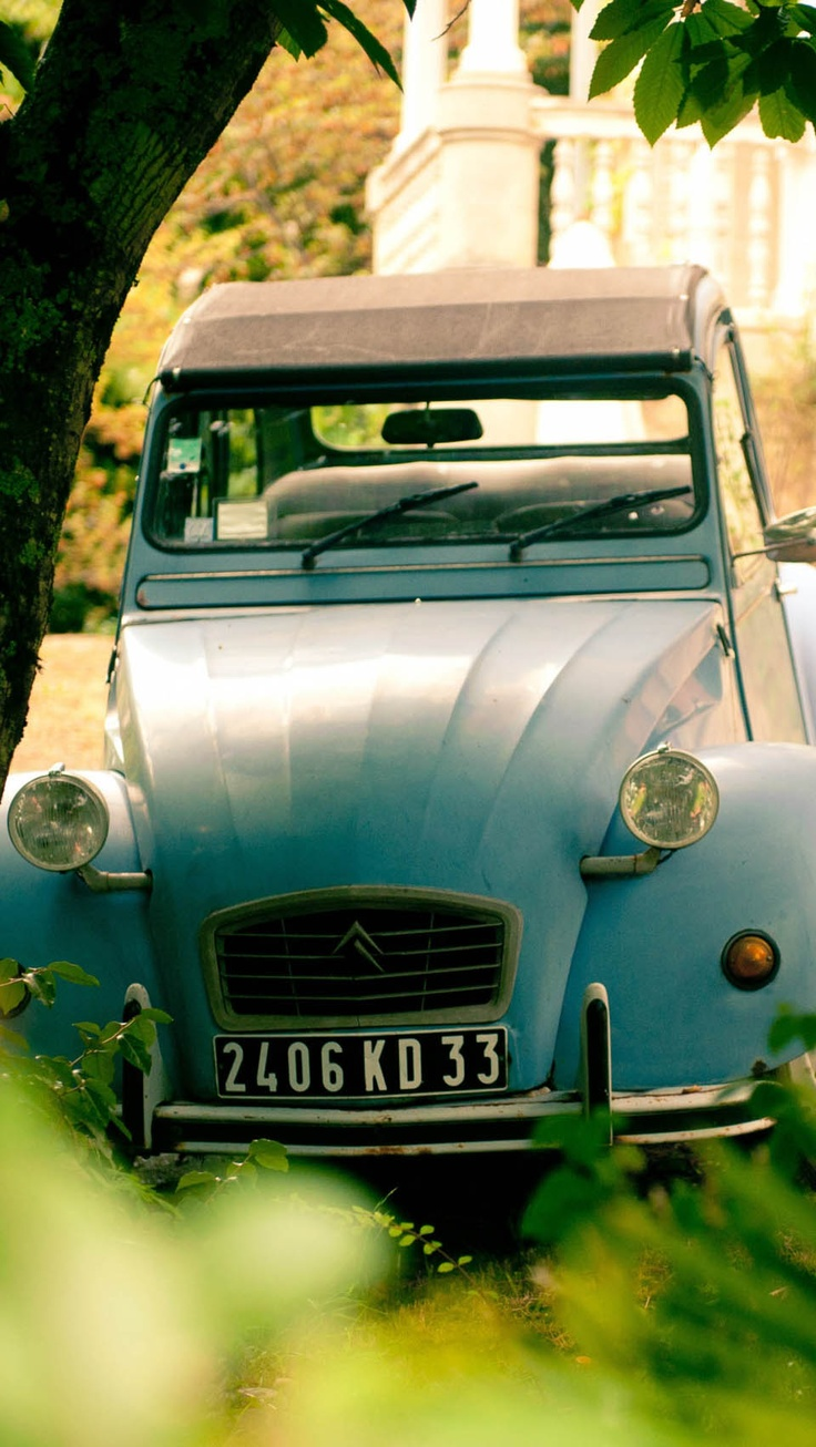 Citroen 2CV Arcachon, France - you still see lots of these in rural France. In need of one.
