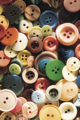 How to Make a Stacked Button Necklace