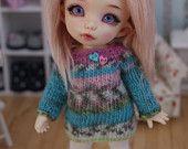 This dress fits Lati Yellow Dolls, Dolls PukiFee Fairyland and Luts Delf Tiny Dolls.