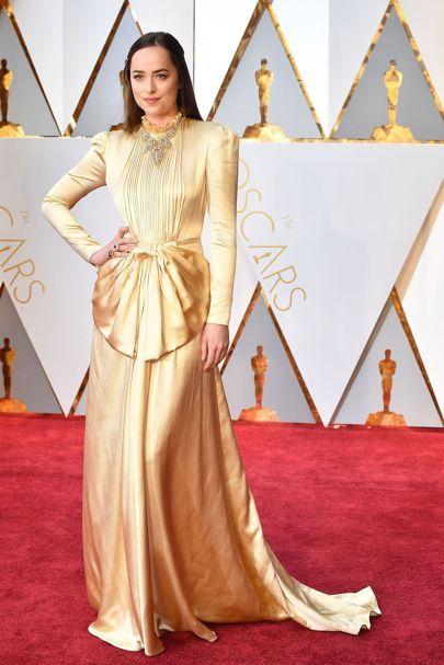 Dakota Johnson in Gucci   Oscars 2017 Red-Carpet Dresses   British Vogue