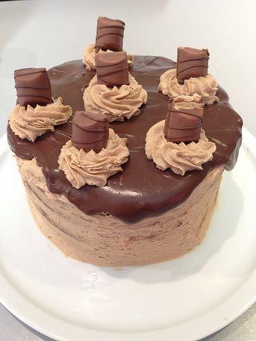 1000 id es sur le th me kinder bueno cake sur pinterest oreo g teau michael kors et g teaux - Gateau kinder bueno facile ...