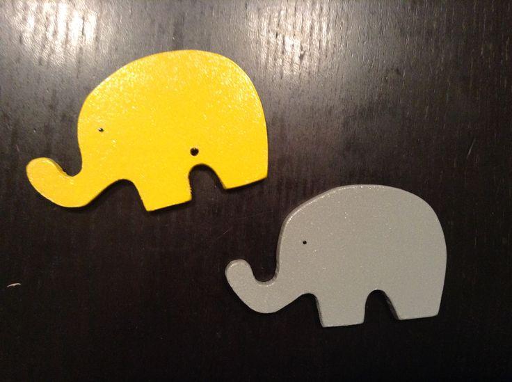 Χειροποιητες ξύλινες μπομπονιέρες ελεφαντάκια ..