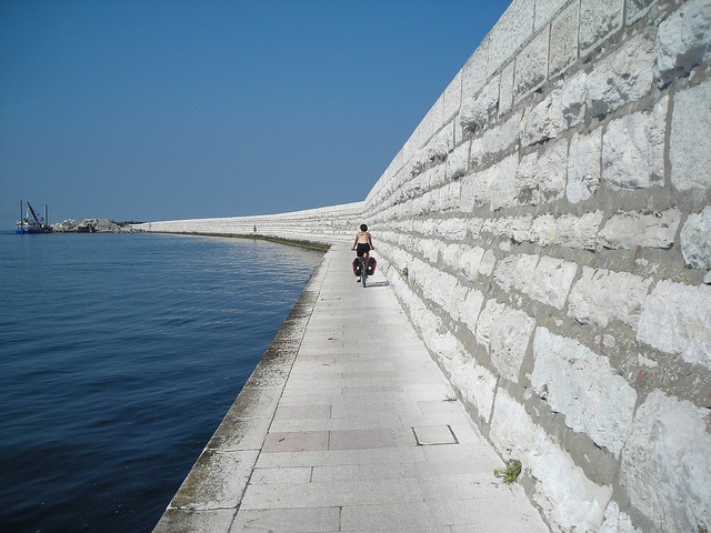 biking the island of Pellestrina off Venice