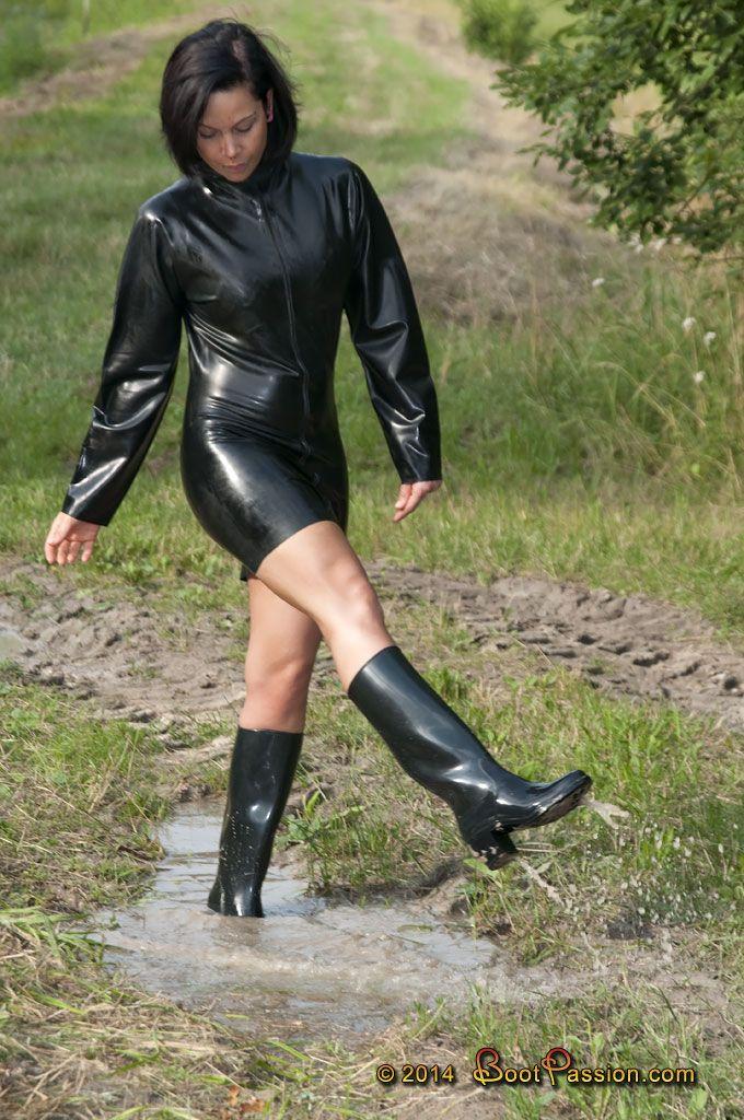 Women rubber boot fetish