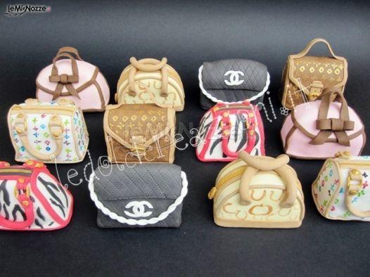 http://www.lemienozze.it/operatori-matrimonio/catering_e_torte_nuziali/le_dolci_creazioni/media/foto/8 Piccole tortine a forma di borse