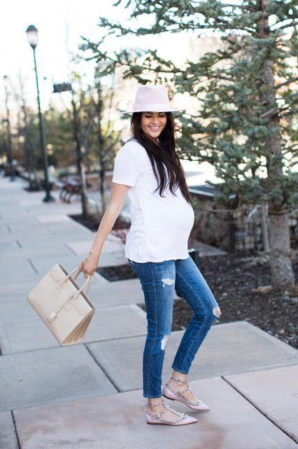 Moda para embarazadas http://beautyandfashionideas.com/moda-para-embarazadas/ Fashion for pregnant women #embarazadas #Fashion #Fashiontips #Moda #Modaparaembarazadas #modaparamamás #Pregnancyclothes #pregnancystyle #Tipsdemoda