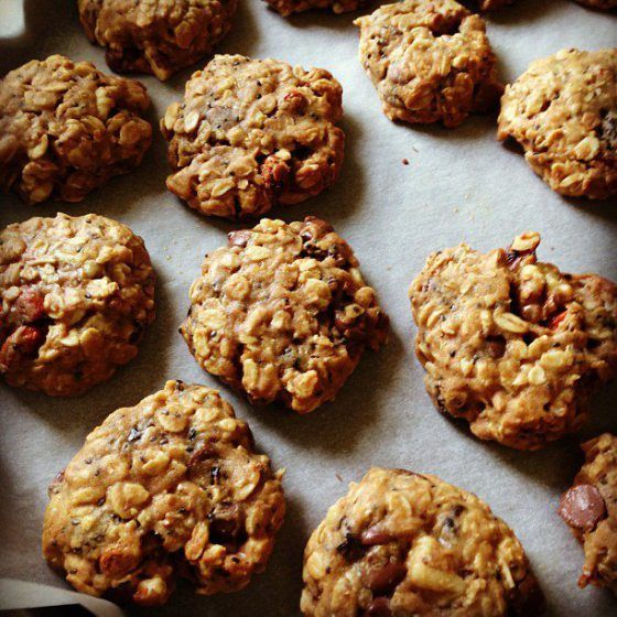 Spelt and oatmeal cookies. (maple syrup and agave sweetened)