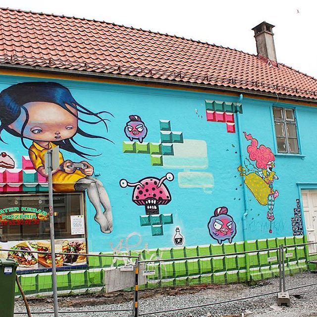 A platform game mural on Sverres Gate by Gunvor Rasmussen, (@gunvorr), Anne Angelshaug @anneangelshaug ) & Barnslig (@barnslig_ ) -------------------- #streetart #streetarteverywhere #streetartistry #streetartbergen #streetartist #streetartphotography #art #artist #artwork #art_spotlight #artoftheday #artistic #arts #artsy #artists #gatekunst #gatekunstbergen #instaart #instadaily #igdaily #instamood #instapic #instacool #instaphoto#instago #instagood #instamoment #colorful #color #cool