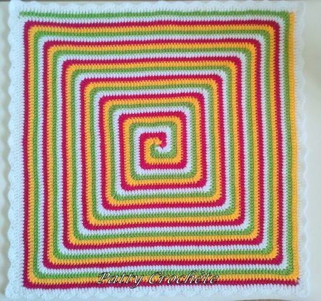 crochet granny spiral - tutorial in pictures and in French! Just watch the pictures and use Google translate!