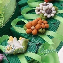 Torta Portaconfetti con Magnete Fiori Colorati
