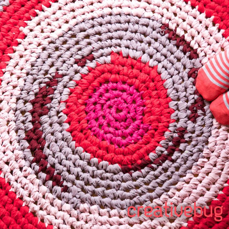 Crochet A Rag Rug Instructions: DIY Crochet Rag Rugs Are A Great Opportunity To Use Up