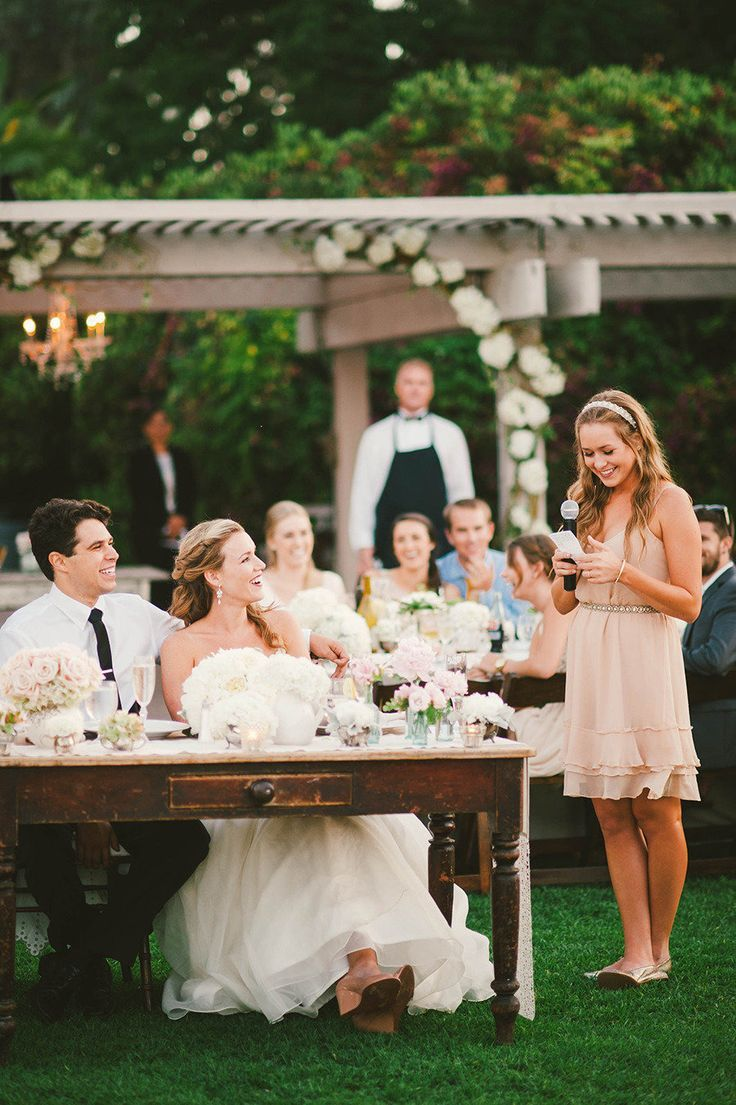 How to give a wedding toast: speech writing tips for wedding guests - Wedding Party