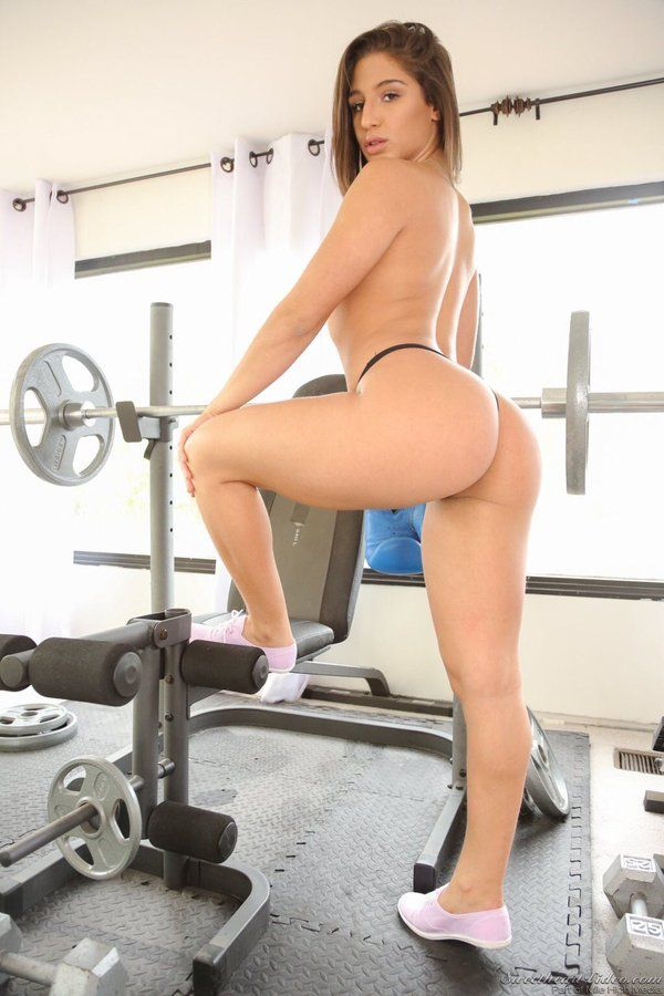 Abella Danger Fitness Instructor Demonstrates Great Glutes You Jizz 1