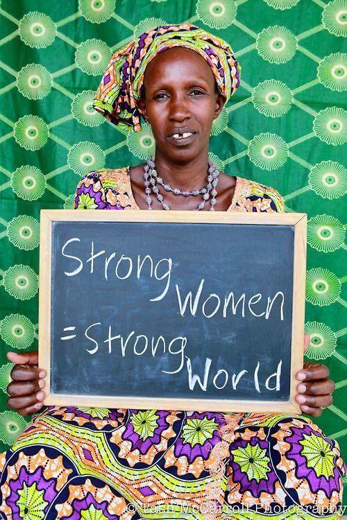 #Mujeres fuertes = Mundo fuerte | Strong #women = Strong world | #Mulheres fortes = Mundo forte #quirozpo