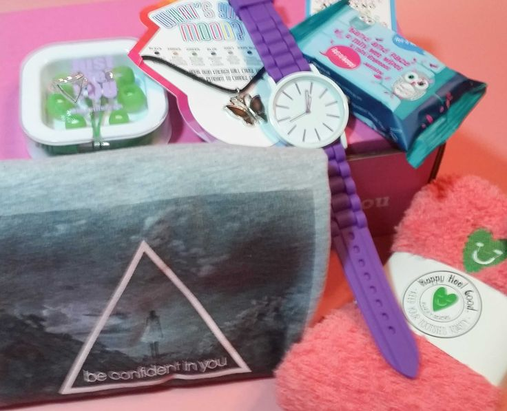 iBbeautiful is a monthly subscription box for teens and tweens featuring useful accessories and motivational items. See our November 2016 review!     iBbeautiful November 2016 Teen Subscription Box Review →  https://hellosubscription.com/2016/11/ibbeautiful-november-2016-teen-subscription-box-review-p/ #IBbeautiful  #subscriptionbox