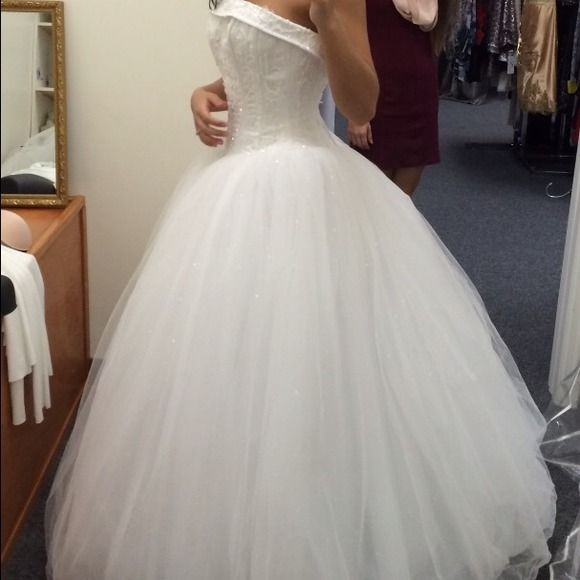 """Spotted while shopping on Poshmark: """"Size 2 wedding dress""""! #poshmark #fashion #shopping #style #Dresses & Skirts"""