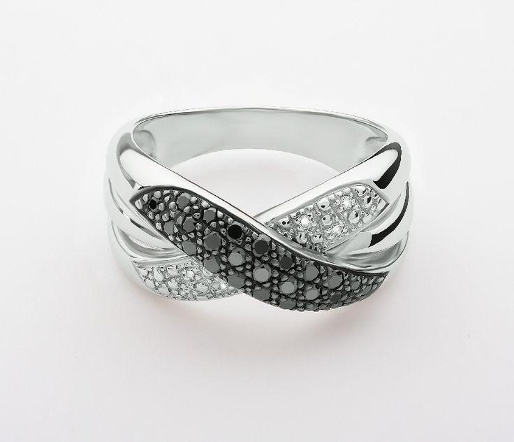 Кольцо, золото, черный бриллиант, бриллиант.