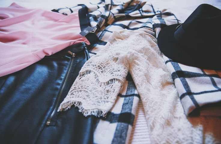My Winter picks from Woolworths :) Leather, skirts and Winter coats. > http://www.mylifeinpink.co.za/?p=695