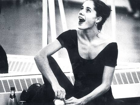 Darcey Bussell- I adore her!  (think this is from the rehearsal shoot with Sir Kenneth Macmillan for Prince of the Pagodas when she was like 18)
