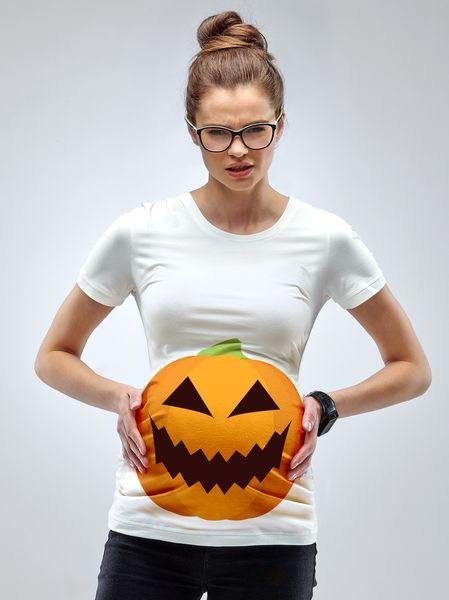 Treat yourself with the hottest maternity halloween t-shirt around. Camouflage your baby bump into a pumpkin, get a basket and collect all compliments. Boo Hoo!