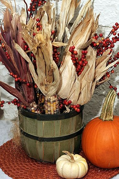 Great Fall Centerpiece | courtesy Simply Klassic Home: Dried Corn