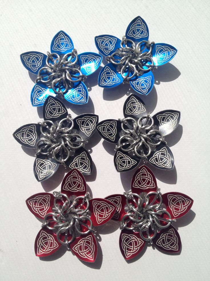 Scale mail flowers