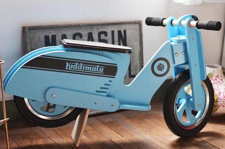 Kiddimoto Scooter Blue stripes