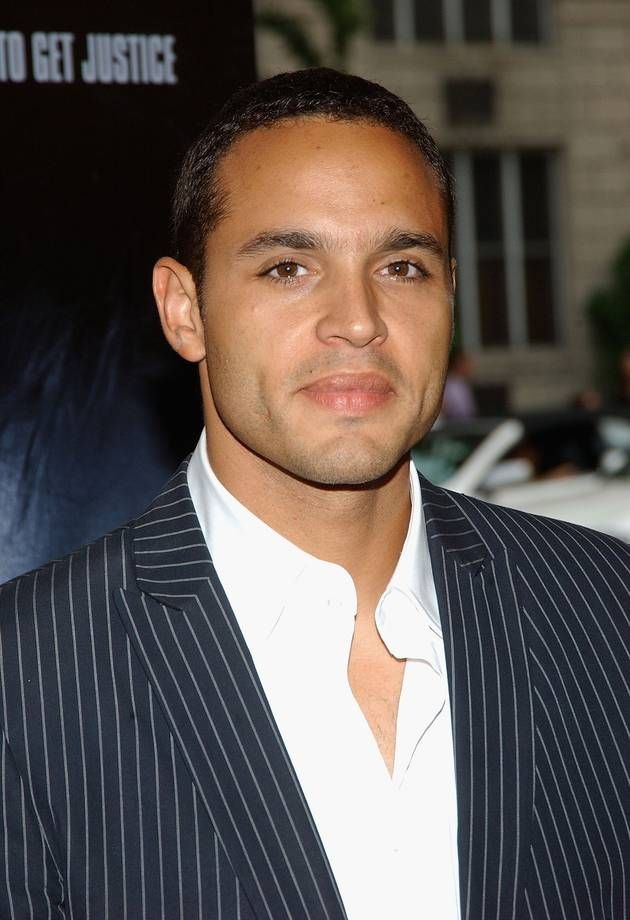 daniel sunjata height
