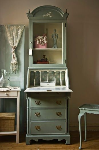 Touch the Wood - Kat - Google+ http://touchthewood.co.uk/for-sale/vintage-shabby-chic-bureau-07/