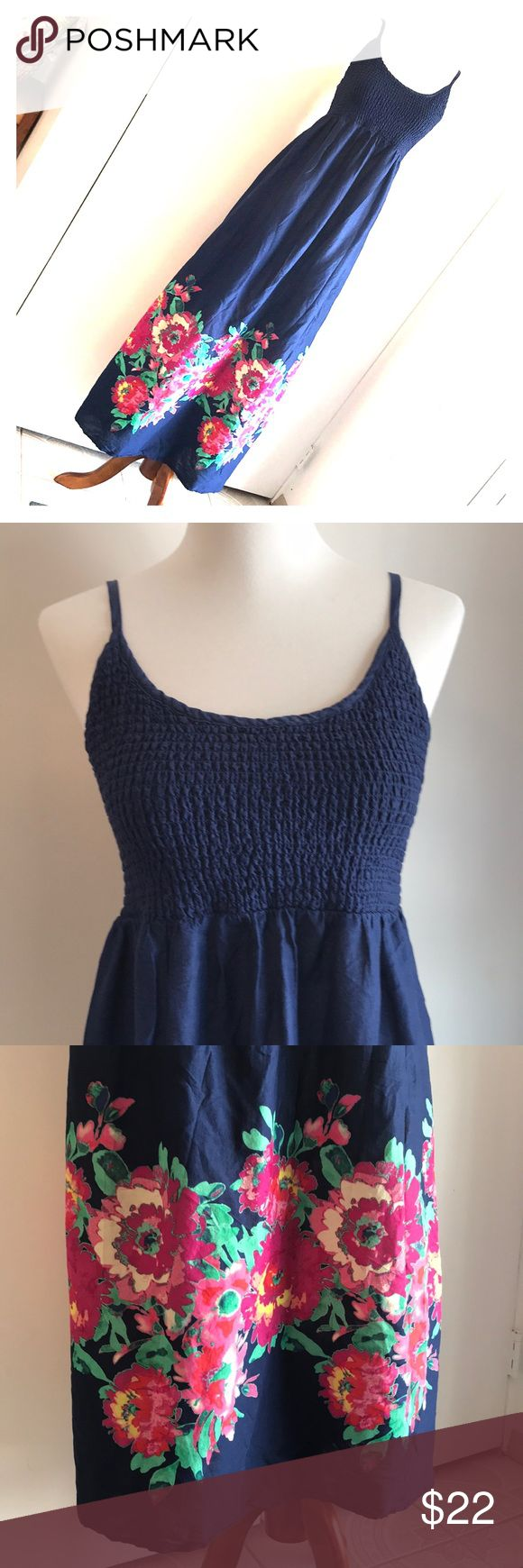 Old navy Maternity dress Worn once perfect condition. Adjustable straps. Old Navy Dresses Maxi