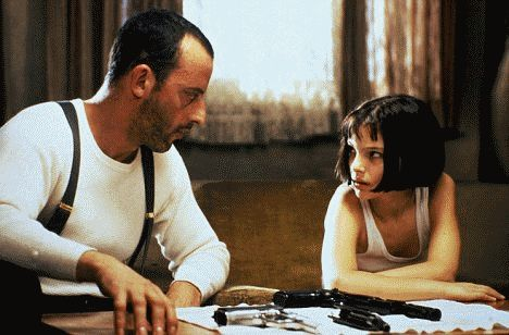 """A young Natalie Portman as Mathilda with Jean Reno in """"Leon: The Professional.""""  http://www.moviesandtvhistoryguy.com/natalie_portman.htm"""