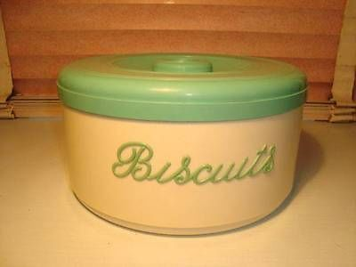 VINTAGE RETRO 1950u0027S NALLY WARE PLASTIC CREAM AND GREEN BISCUIT CANISTER