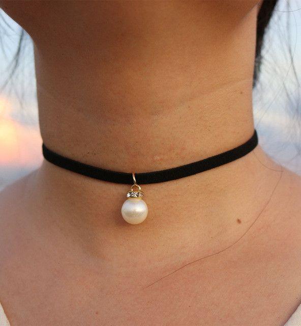 16 Cute Charm Bracelet Tattoos: 25+ Best Ideas About Necklace Tattoo On Pinterest